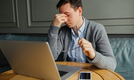 5 semne care-ti spun ca suferi de depresie functionala